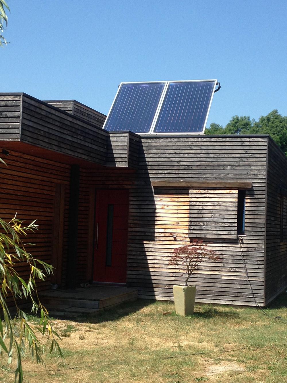 eau chaude sanitaire solaire syst me eau chaude. Black Bedroom Furniture Sets. Home Design Ideas